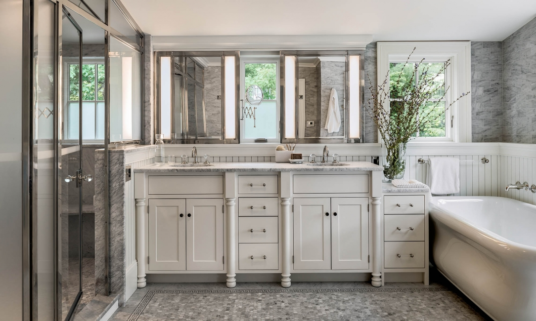 Bathroom double sinks, bathtub, glass shower